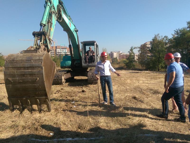 Начало на строителните дейности - The Square Apartments